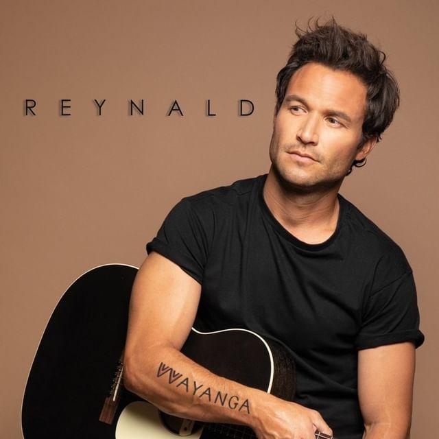 DÉCOUVREZ « WAYANGA » : LE PREMIER ALBUM DE REYNALD